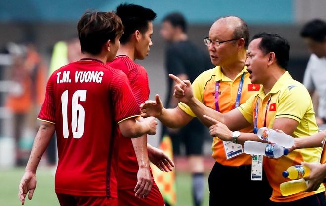 HLV Park Hang-seo tung dau dau voi 2 diem yeu cua tuyen Viet Nam hinh anh