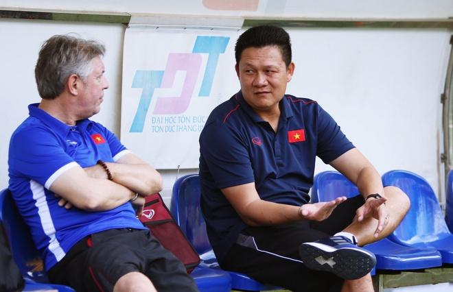 HLV U22 Viet Nam: 'Chung toi khac nhung van hoc ong Park Hang-seo' hinh anh