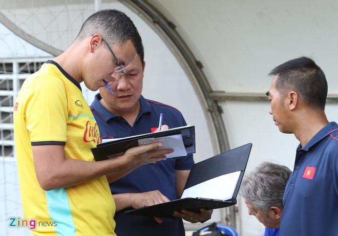 U22 Viet Nam loai trung ve cua HAGL truoc khi di Campuchia hinh anh 2