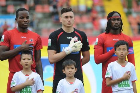 CLB Hai Phong bi cuu tuyen thu Jamaica kien len FIFA hinh anh
