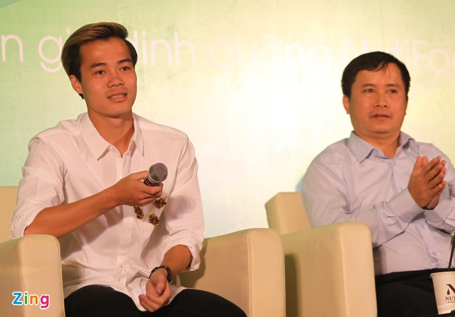 HLV Park Hang-seo cam hoc tro an vat khi len tuyen Viet Nam hinh anh 1