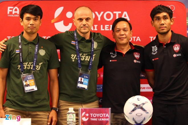 Xuan Truong duoc long HLV truong truoc gio dau Dang Van Lam hinh anh 1