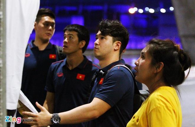 Tuyen Viet Nam co mat o Thai Lan, san sang cho King's Cup hinh anh 11