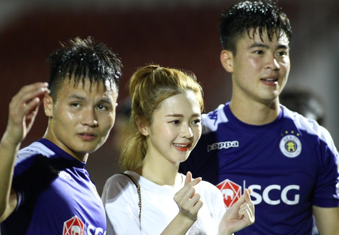 Trinh Thang Binh ru Doan Van Hau va Duy Manh di an toi hinh anh