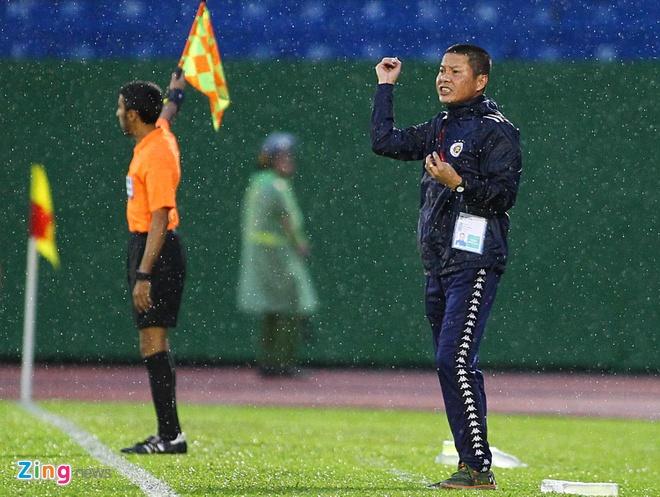HLV doi Ha Noi: 'Thang mot ban truoc CLB Binh Duong la rat mong manh' hinh anh 1