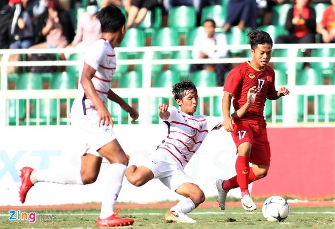 HLV Campuchia: 'Cầu thủ Việt Nam to khỏe nhưng thiếu tự tin'