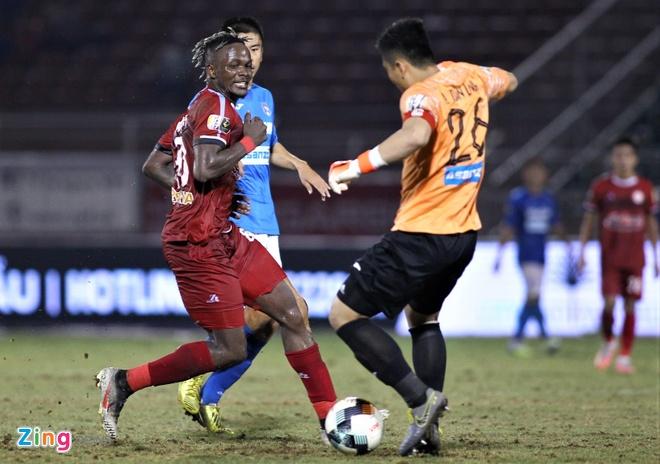 HLV Chung Hae-seong thừa nhận khó đua vô địch V.League với CLB Hà Nội