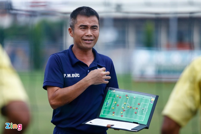 HLV Pham Minh Duc: 'Khong ai quan trong bang ong Park Hang-seo' hinh anh 1