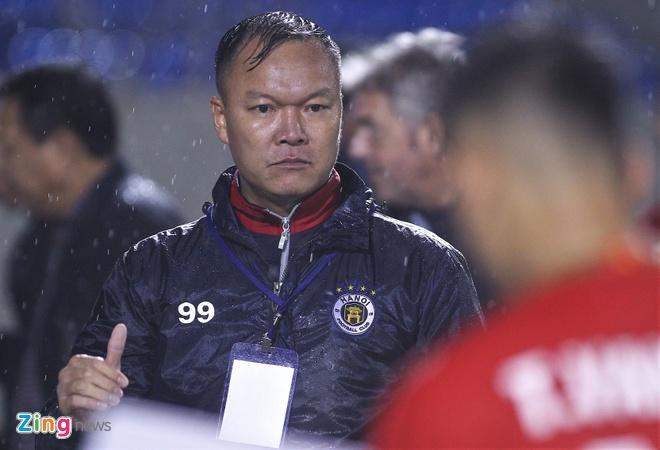 Duong Hong Son tien cu nua doi hinh U21 cho HLV Park hinh anh 1