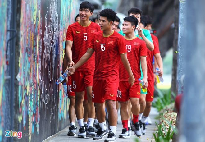 U22 Viet Nam cho quyet dinh cua BTC SEA Games truoc bao Kammuri hinh anh 2