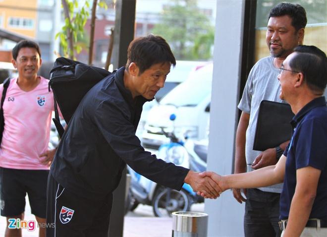 HLV Nishino vo ke hoach di tuyen quan cho tuyen Thai Lan hinh anh 1 U23_thai_lan_Nishino_1_zing.jpg