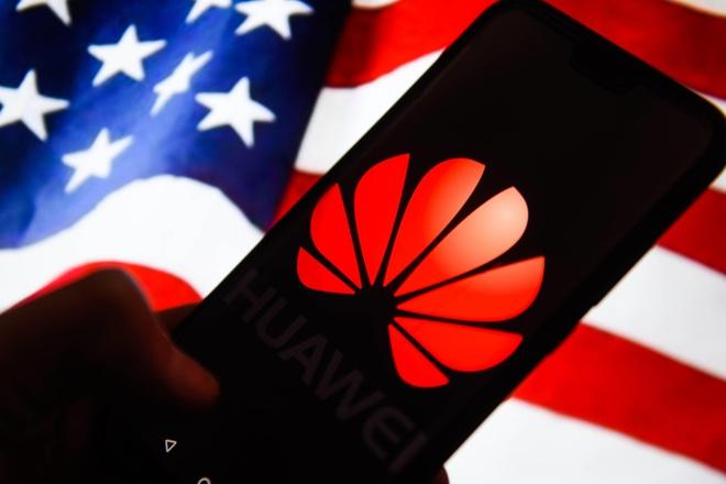Huawei thue chuyen gia co quan he voi ong Trump de van dong hanh lang hinh anh 1