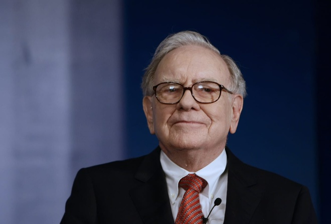Warren Buffett tang qua anh 7