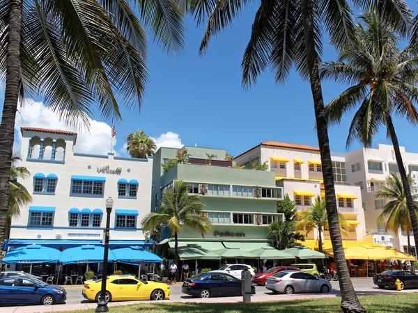 Bai bien Miami anh 1