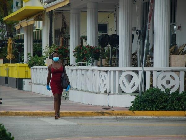 Bai bien Miami anh 4