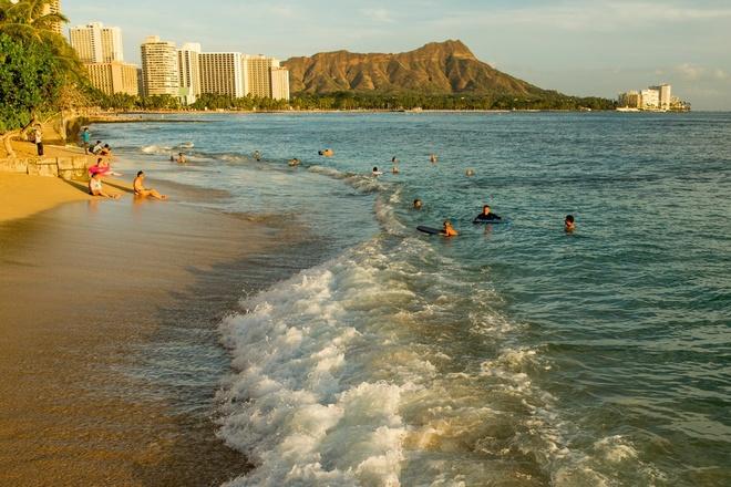 Hawaii tra tien cho du khach anh 1