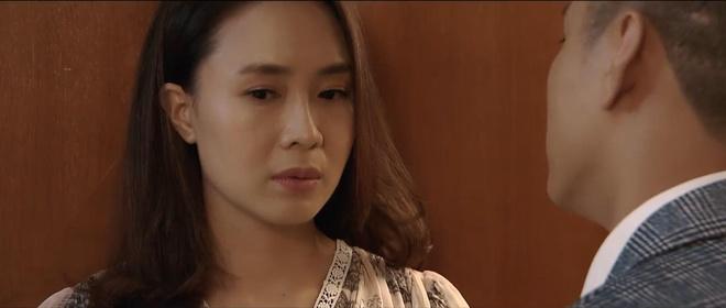 'Hoa hong tren nguc trai' tap 31: Bao 'tha thinh' Khue hinh anh
