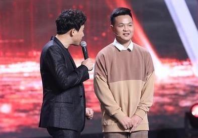 MC Lai Van Sam nguong mo cuu thi sinh Duong len dinh Olympia hinh anh