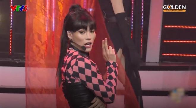 Man gia Black Pink gay cuoi cua thi sinh Guong mat than quen, BB Tran hinh anh