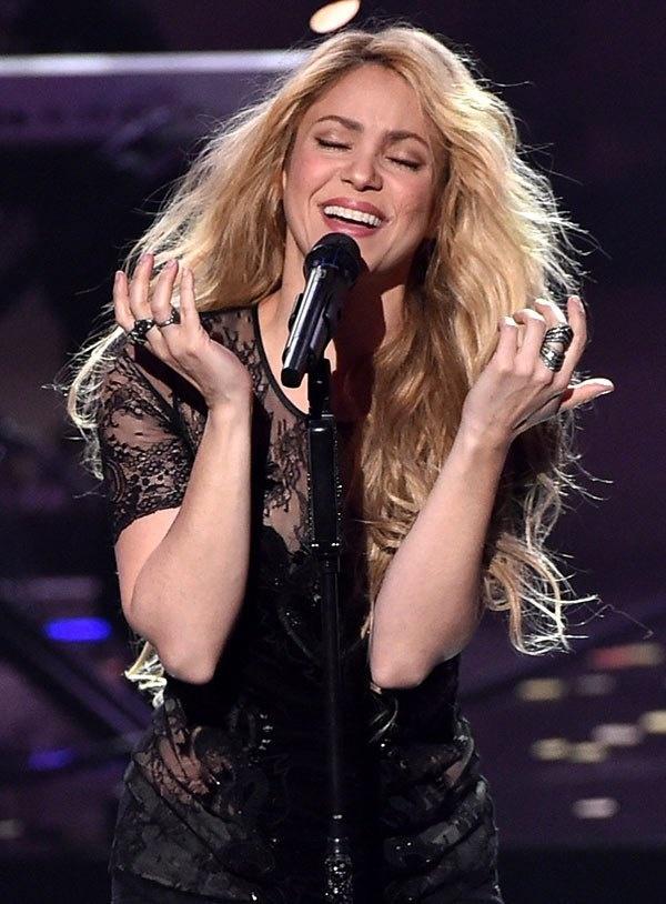 Shakira - nu hoang nhac Latin va chuyen tinh voi danh thu Pique hinh anh 15 19.jpg