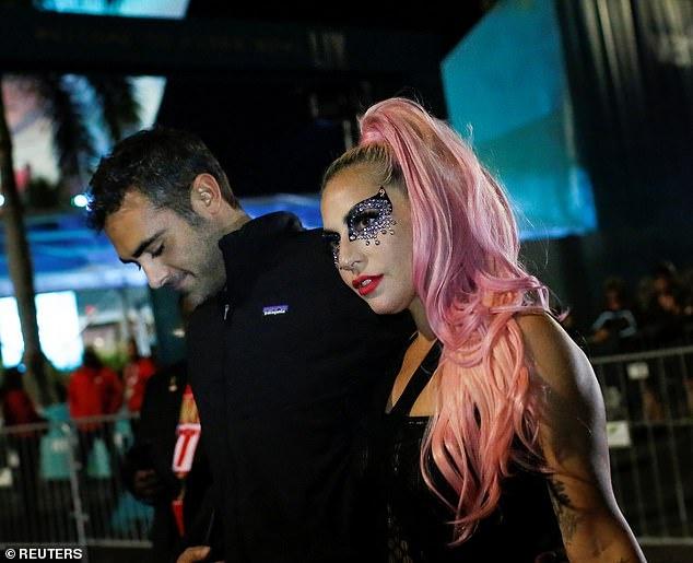 Lady Gaga cong khai ban trai moi la CEO hinh anh 2 8_1.jpg