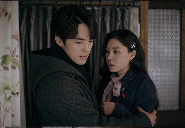 'Ha canh noi anh' tap 15: Seo Dan bo tron cung 'thanh lua dao' hinh anh 2 1.jpg