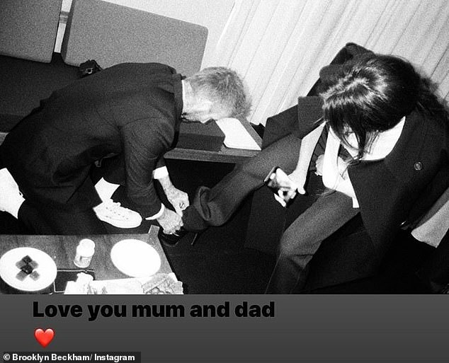 David Beckham that day giay cho Victoria hinh anh 1 40.jpg