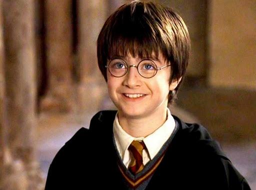 Daniel Radcliffe: 'Harry Potter da bien toi thanh ke nghien ruou' hinh anh 1 3.jpg