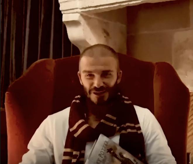 Daniel Radcliffe, David Beckham doc 'Harry Potter' phien ban moi hinh anh 2 Anh_chup_Man_hinh_2020_05_06_luc_11.26.35.png