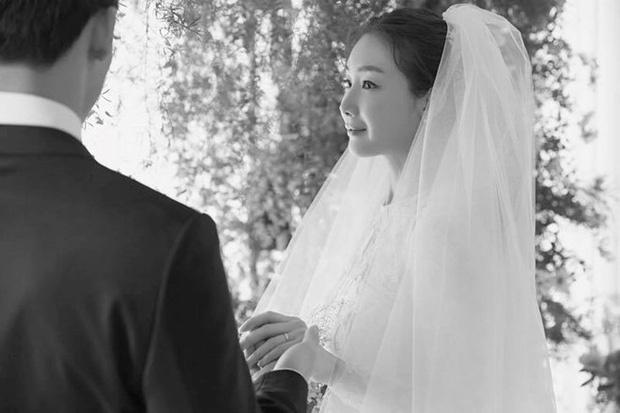 Choi Ji Woo mang thai anh 2