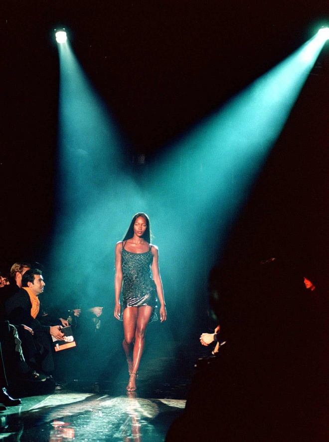 Sieu mau Naomi Campbell dang anh moi vao nghe nhan sinh nhat tuoi 50 hinh anh 3 1.jpg