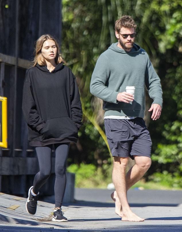 ban gai Liam Hemsworth anh 2