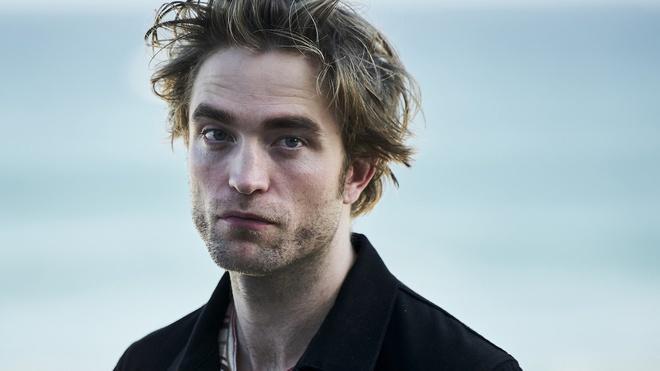 Robert Pattinson nhiem covid-19 anh 3