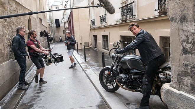 Tom Cruise dong phim ngoai khong gian anh 2