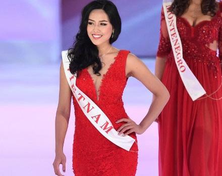 Nguyen Thi Loan ly giai nguyen nhan truot top 10 Miss World hinh anh