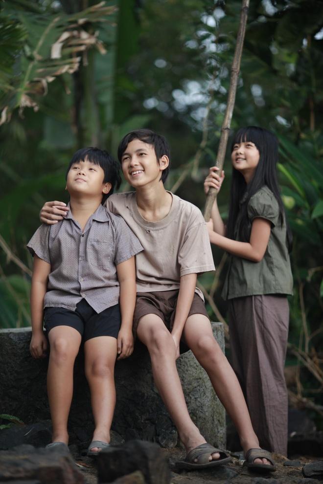 Canh dieu vang 2015: 'Hoa vang co xanh' khong co doi thu hinh anh 1