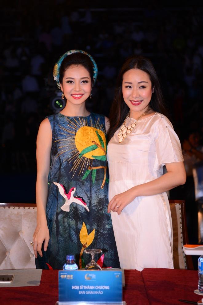 Tran Thu Ngan dang quang Hoa hau Ban sac Viet hinh anh 4