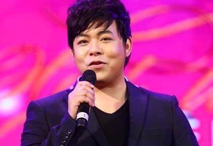 Quang Le ke ve cuoc hon nhan chong vanh nam 21 tuoi hinh anh