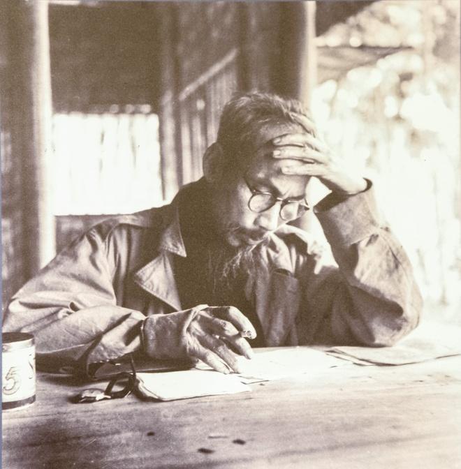 Hanh trinh chong thuc dan Phap cua Chu tich Ho Chi Minh hinh anh