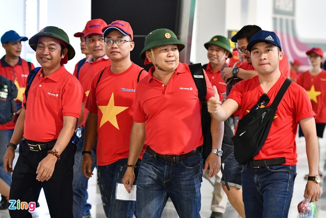 Vi sao hang lu hanh thue 'tron goi' duoc may bay Vietnam Airlines? hinh anh