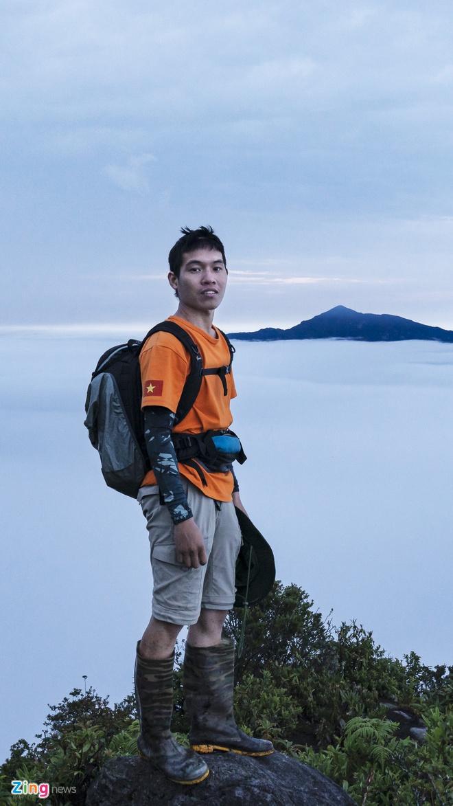 9X dẫn đoàn chinh phục các đỉnh núi