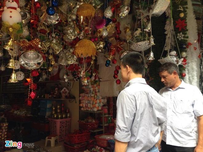 Do trang tri Noel xuat xu Thai Lan tran vao thi truong Viet hinh anh 2