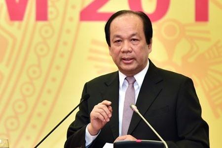 1 lit xang cong 8.000 dong thue lam nong hop bao Chinh phu hinh anh