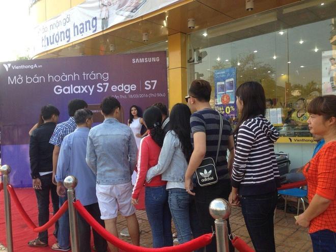 Vien Thong A mo ban Samsung Galaxy S7/S7 edge hinh anh 2