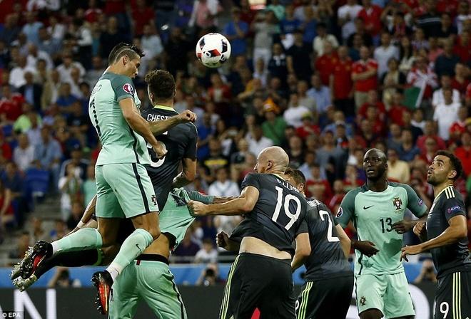 Ronaldo se la thien su ket lieu su ngao man cua Maradona? hinh anh 2
