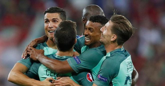 Ronaldo - Nani: Nam thần và kép phụ của Bồ Đào Nha