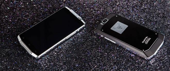 Smartphone OUVI 10000: Pin dung trong mot tuan hinh anh 4