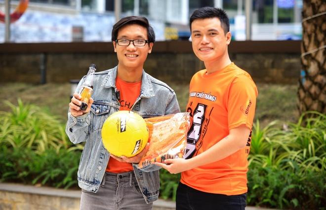 Video: Doan Viet Nam thang Singapore 1-0, CDV nhan giai 247 trieu dong hinh anh