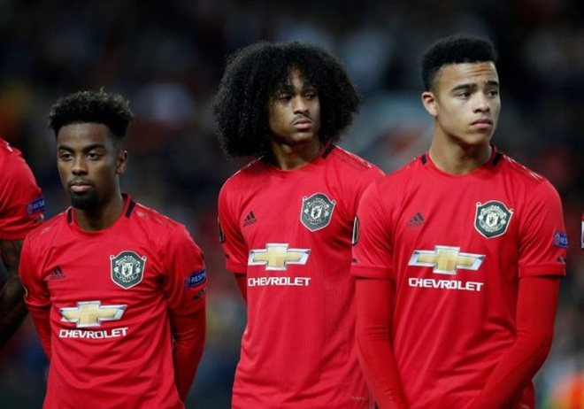 Man United gia han hop dong voi Angel Gomes anh 1
