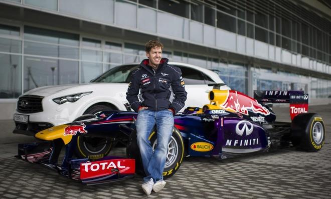 Tay dua F1 doi Ferrari che bai chien thang cua doi thu Mercedes hinh anh 2
